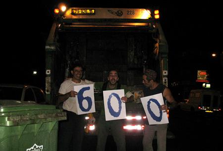 מזבלה, 600 פוסטים, משאית זבל, סירחון