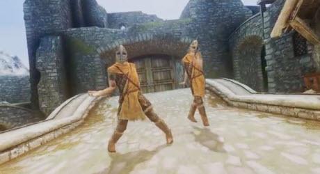 ויראלי: גנגנם סטייל של PSY בגירסת המשחק סקיירים
