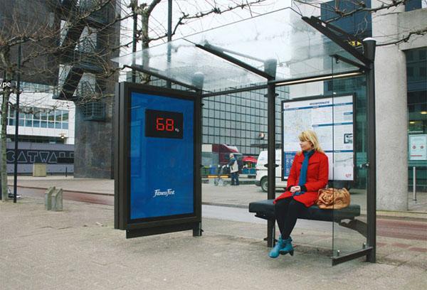 40 דוגמאות לפרסום קריאייטיבי וחכם בתחנות אוטובוס (34)