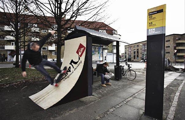 40 דוגמאות לפרסום קריאייטיבי וחכם בתחנות אוטובוס (23)