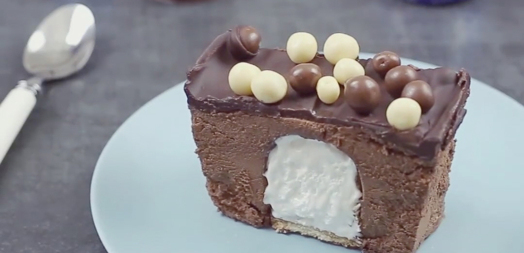 עוגת מוס קרמבו